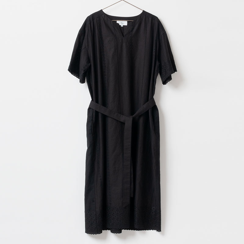 [Harriss ] PANEL EMBROIDERY DRESS