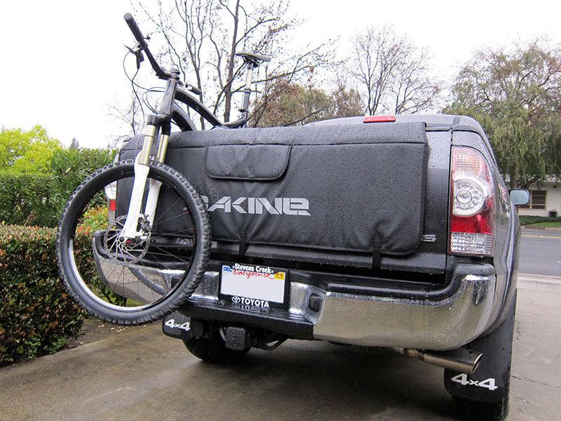 (取り寄せ対応!)Dakine ダカイン トラック テールゲートパッド Stencil Palm ステンシルパーム