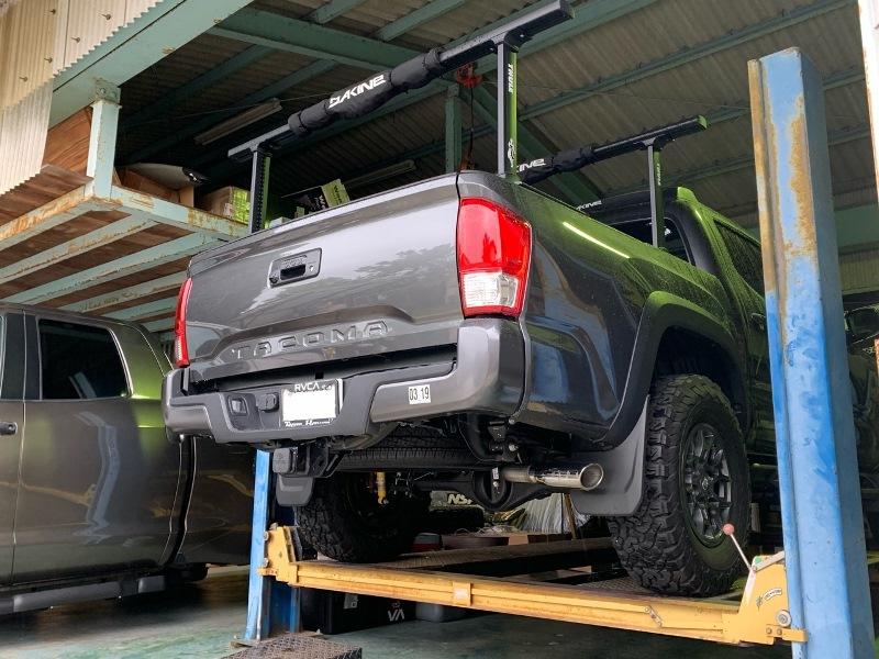 (取り寄せ対応!)16-タコマ V6/3.5L 4WD AT用 車検対応 TRD カットバック エキゾースト マフラー