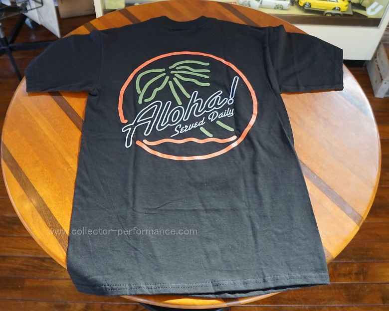 Fitted Hawaii フィッテド ハワイ ロゴTシャツ