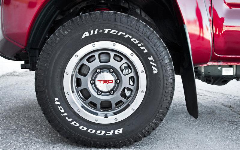 (取り寄せ対応!)USトヨタ純正 TRD シリーズ 16インチ ビードロック ホイール (グレー)