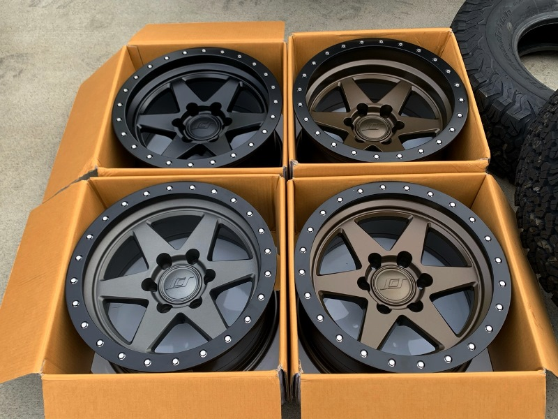 (取り寄せ対応!)SCS(Stealth Custom Series Wheels/ステルスカスタムシリーズ) BR6 ホイール