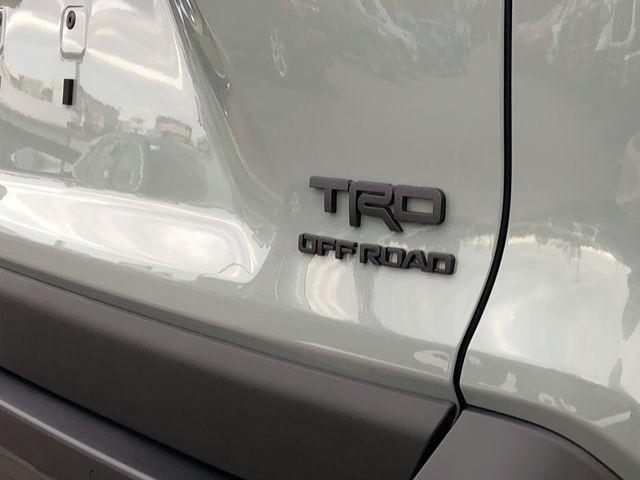 (在庫あり!即納!) 19-RAV4 ラブ4 50系 USトヨタ純正 TRD OFF-ROAD エンブレム