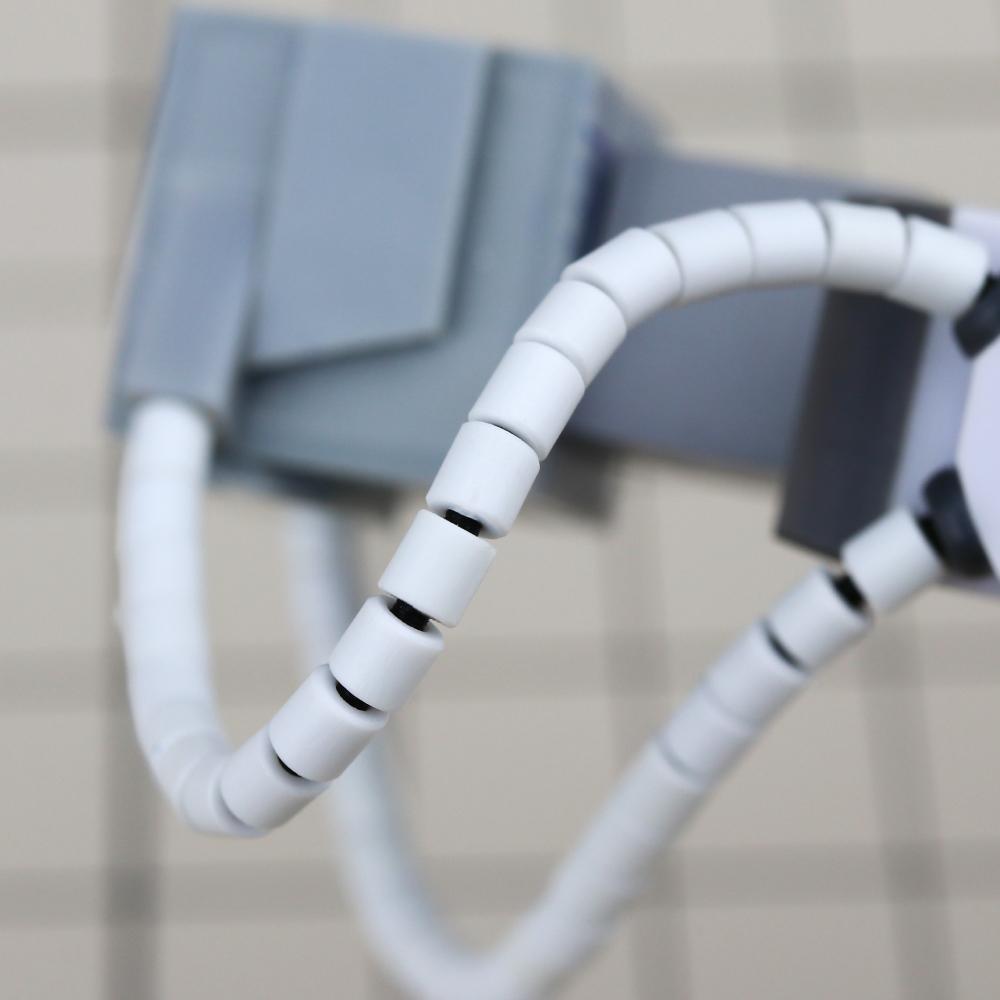 ハマナカ株式会社 テクノロート 黒 2m巻 形状保持材 手芸 動力パイプ ケーブル プラスチック 関節素材 フレキシブル