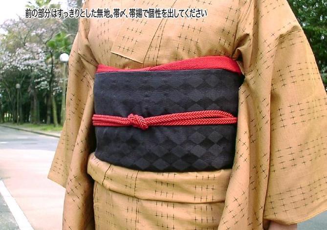 正絹黒地京袋帯「ハーメルンの笛吹き」