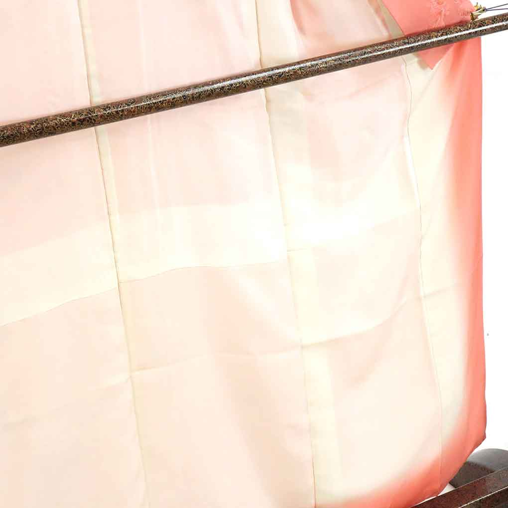 リサイクル着物 小紋 / 正絹ピンク地蔦ぶどう柄袷小紋着物 レディース 秋冬春用 シルク ピンク 裄Mサイズ身丈161cm 裄65cm 前幅24.5cm 後幅30cm 袖丈49cm【ランクA】