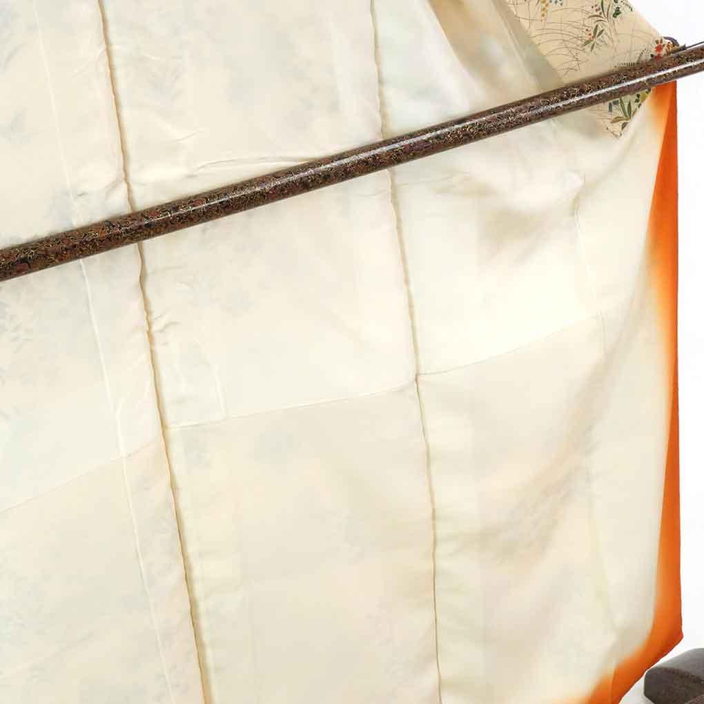 リサイクル着物 小紋 / 正絹薄ベージュ地花柄袷小紋着物 レディース 秋冬春用 シルク ベージュ 裄Sサイズ身丈157cm 裄62cm 前幅22.5cm 後幅28cm 袖丈48cm【ランクA】