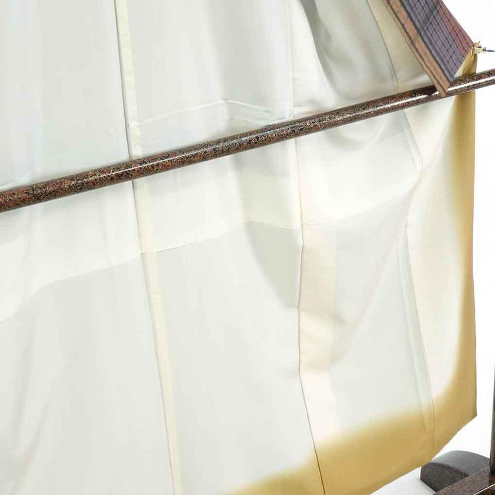 リサイクル着物 紬 / 正絹茶色地縦縞絞り袷紬着物 レディース 秋冬春用 シルク ブラウン 裄Mサイズ身丈152cm 裄65cm 前幅23cm 後幅29cm 袖丈49cm【ランクA】