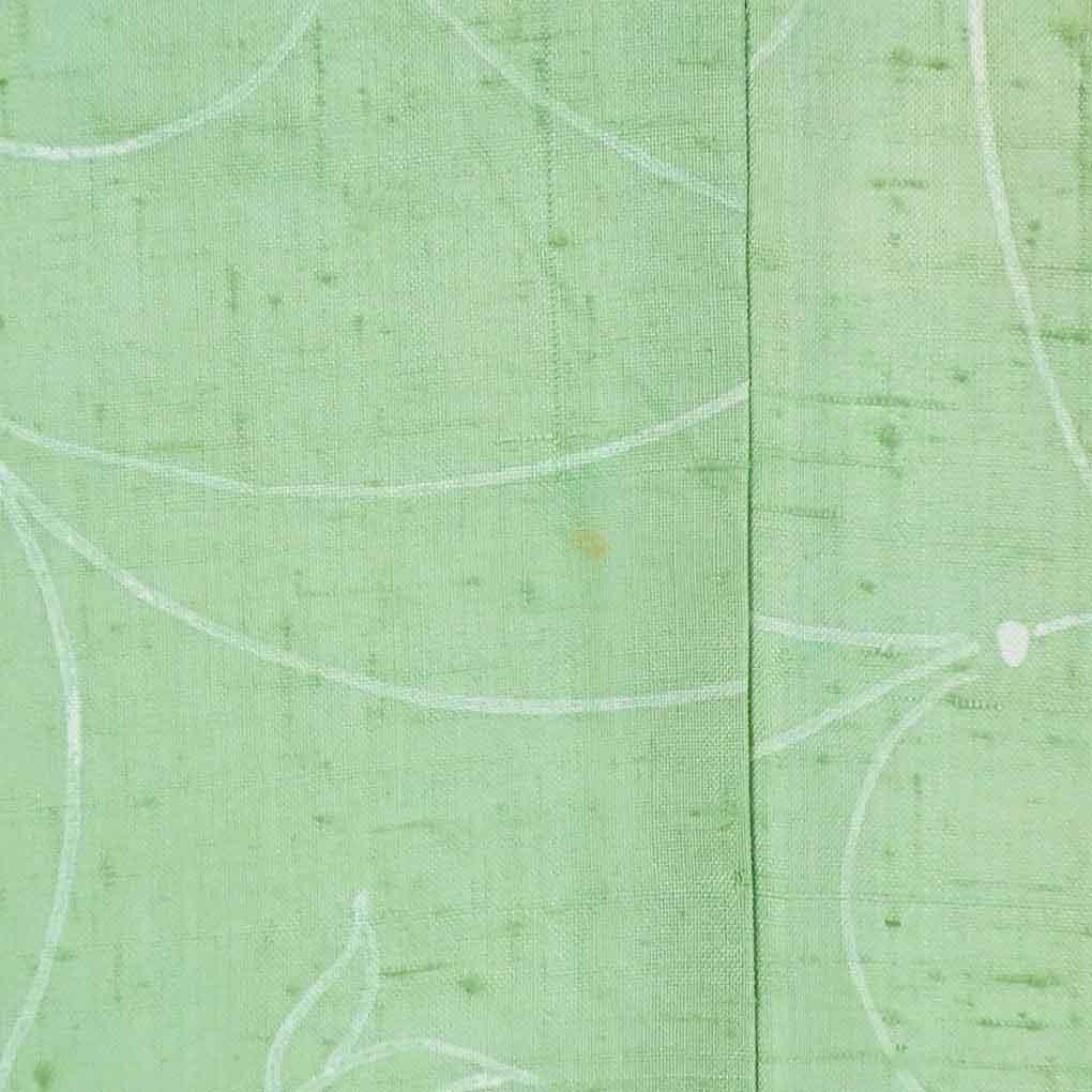 リサイクル着物 紬 / 正絹グリーン地花柄袷紬着物 レディース 秋冬春用 シルク グリーン 裄Mサイズ身丈160cm 裄64cm 前幅24cm 後幅29cm 袖丈46cm【ランクB】