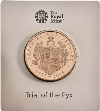 グレートブリテン-トライアル・オブ・ザ・ピクス2018年エリザベスII世65周年記念サファイアコロネーション5ポンド金貨ブック付き3