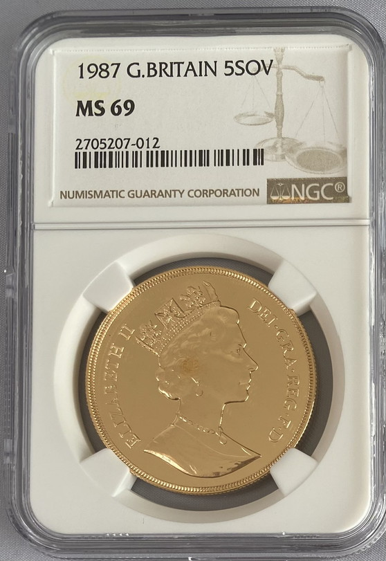 【トップグレード動画あり】残存11枚1987 グレートブリテン5ソブリン金貨NGC-MS69-2705207-012