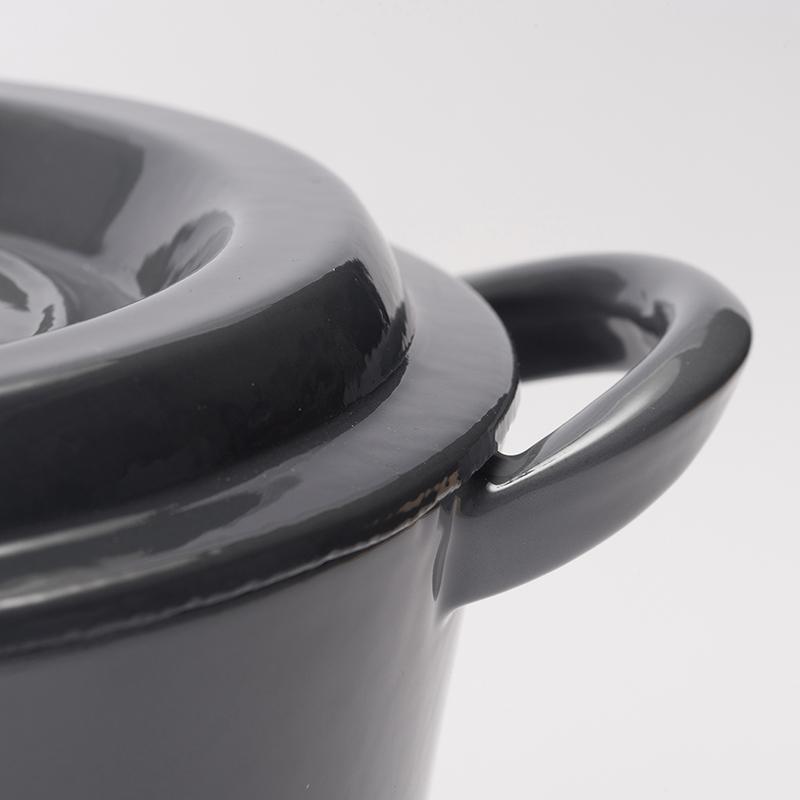 ★グッドプラス キャストポット18�グレー(鉄鋳物ホーロー鍋)