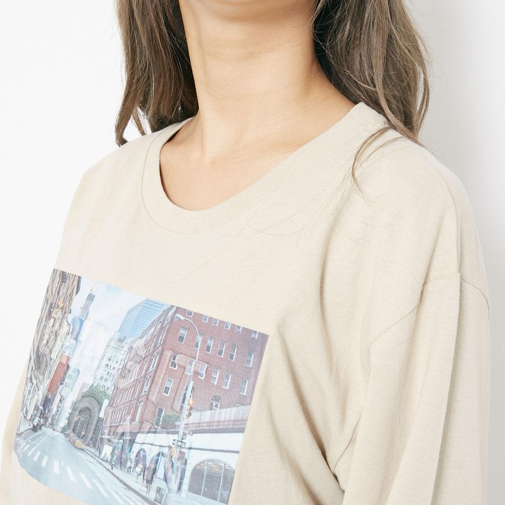 エンボス加工ロングTシャツ