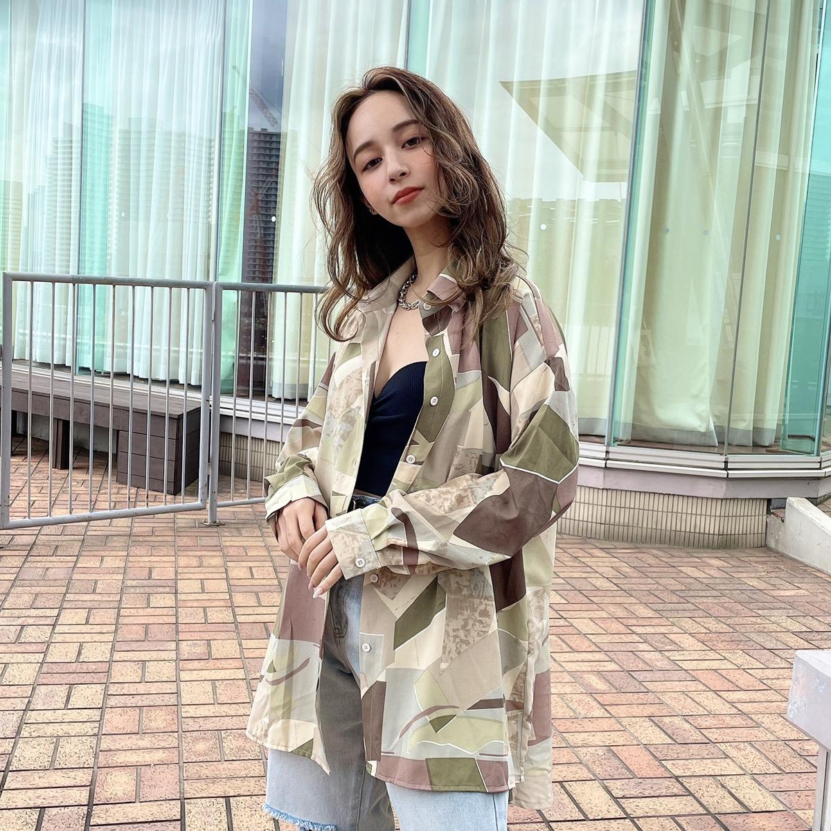 【8/18新色入荷】【一部予約】柄シャツ