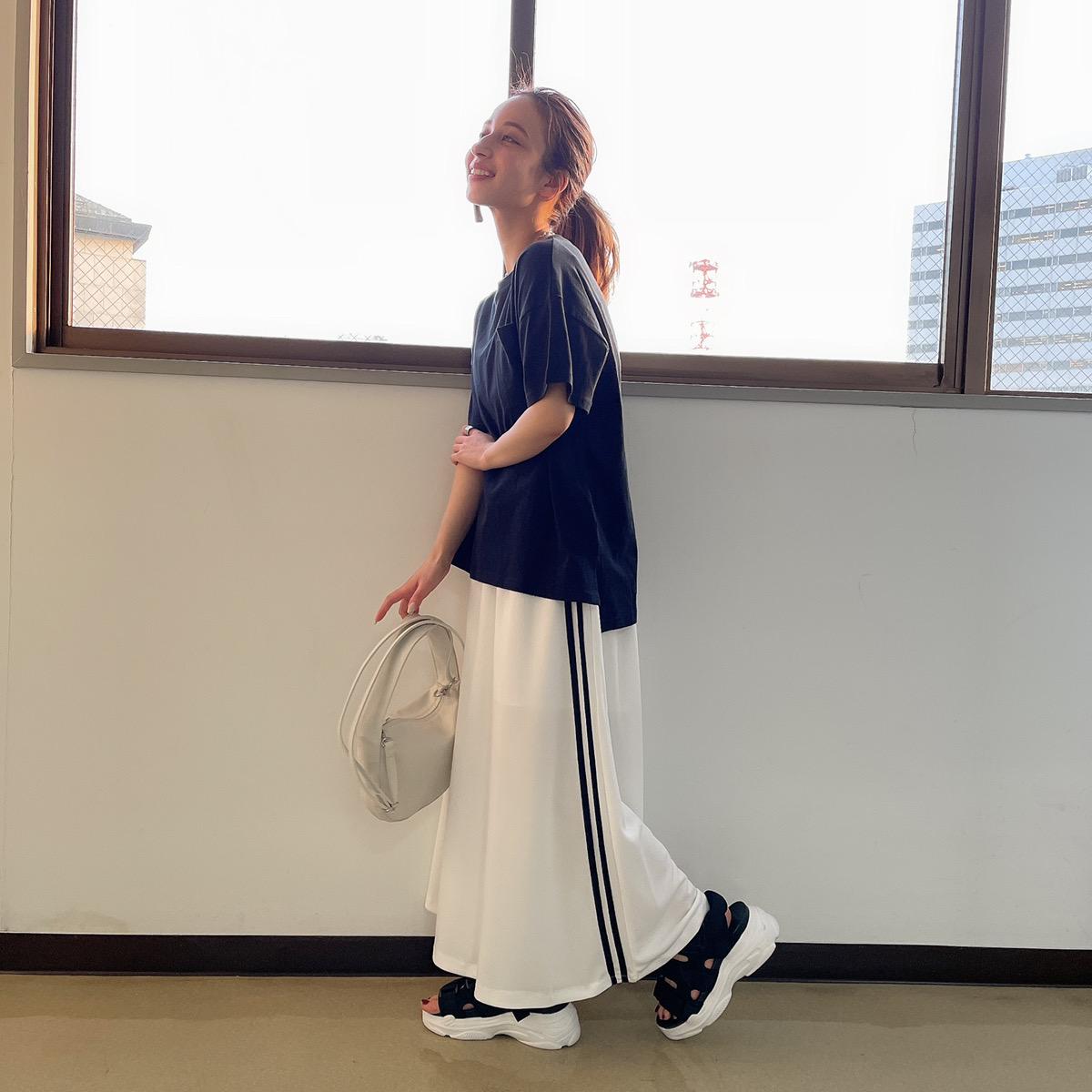 【4/6再入荷】ラインスカート