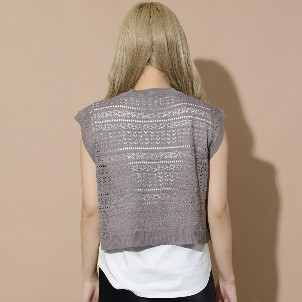 透かし編みニットノースリTシャツ