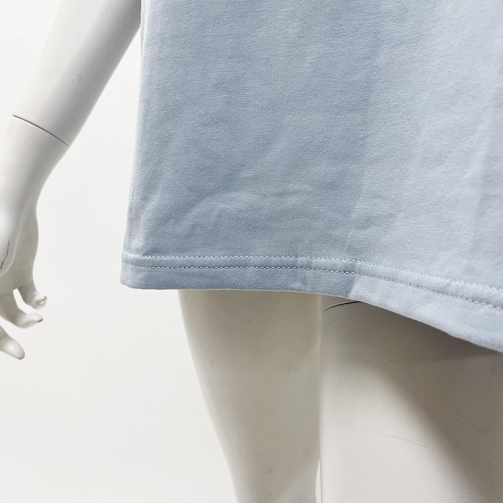 エンボスTシャツ