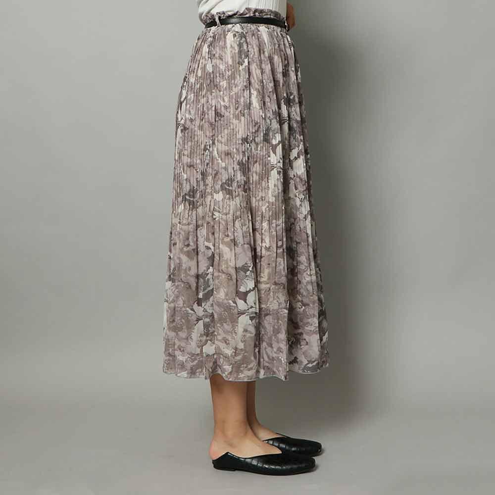ベルト付きプリーツスカート