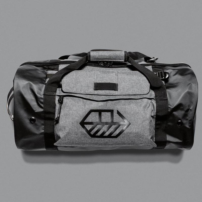 【JONES】ダッフルバッグ スーツケースの様に梱包