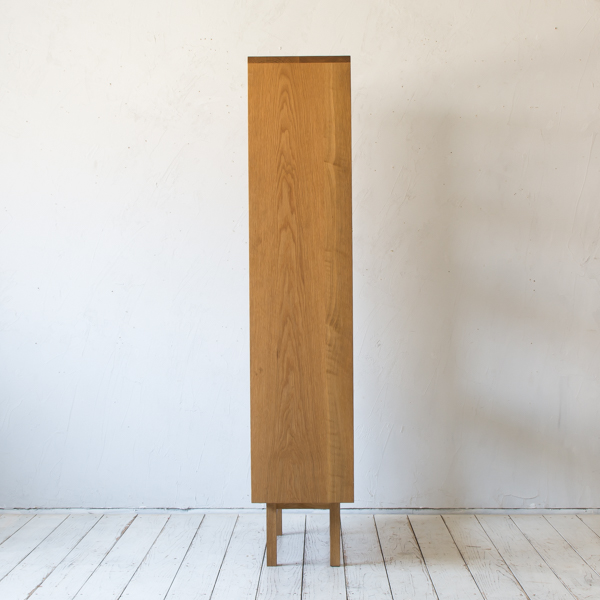 bookcase H1500