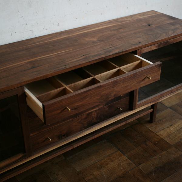 Side Board 1800 (walnut)