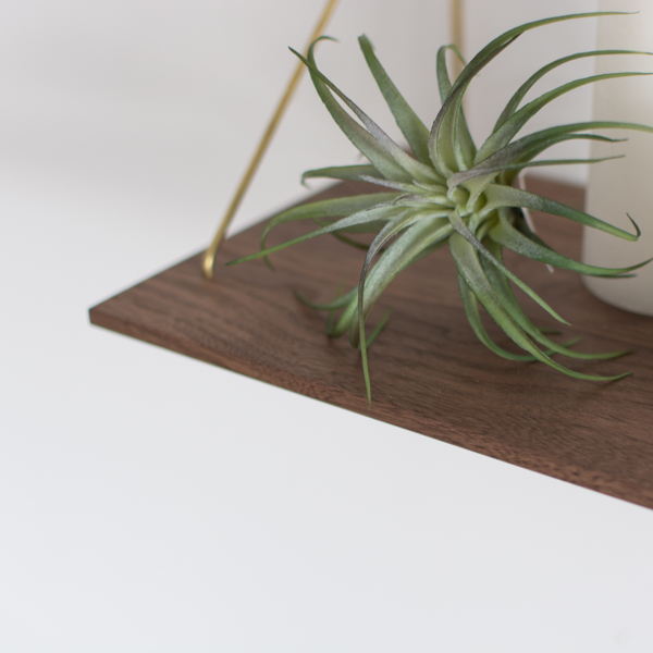 kilta | Wall Shelf (walnut)