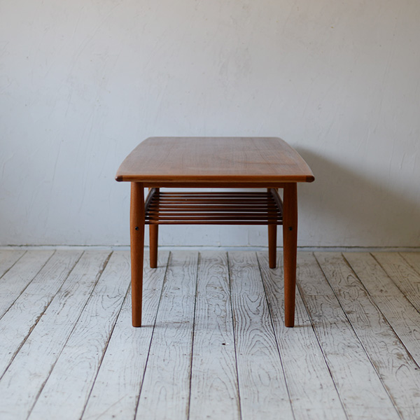 【35% off】Grete Jalk Coffee Table D-809D134
