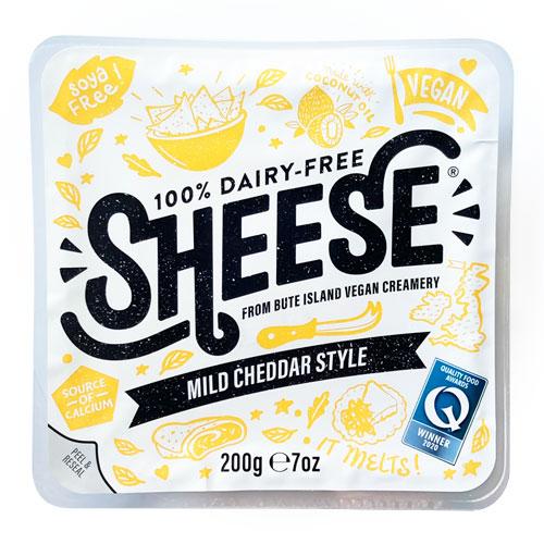 動物原料&乳製品不使用 シーズ・ マイルドチェダースタイル ブロック 200g【ベジタリアンチーズ Vegan Cheese sheese】 tt jn