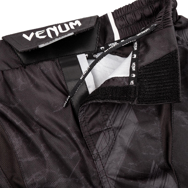 VENUM AMRAP FIGHTSHORTS - BLACK/GREY /ヴェヌム ファイトショーツ