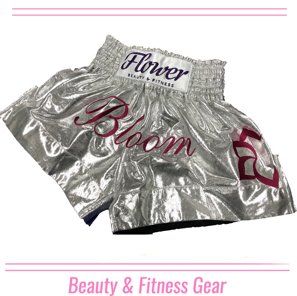 BLOOMING FLOWER MUAY THAI SHORTS WHITE
