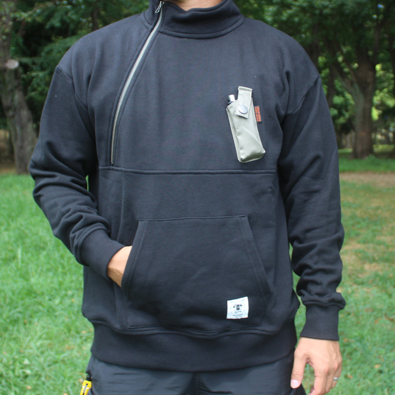 HIASOBI CAMPER HALF-ZIP SWEAT(BLACK)