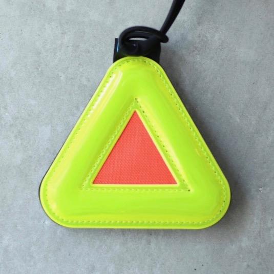 [ネコポス対応]BLUELUG triangle reflector 約10cm ブルーラグ 反射板 リフレクター 三角形 安全 安心 夜間 自転車通勤 オススメ 視認性 自転車通学 バックパック サドルバッグ サドル下取り付け おしゃれ コミューター 街乗り クロスバイク
