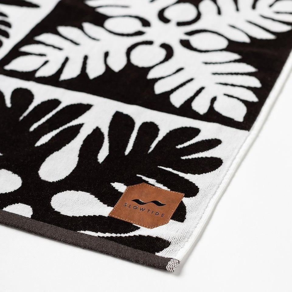 【20%OFF】BEACH  TOWEL  KAPENA BLACK  101.6cmx177.8cm  SLOWTIDE スロータイド