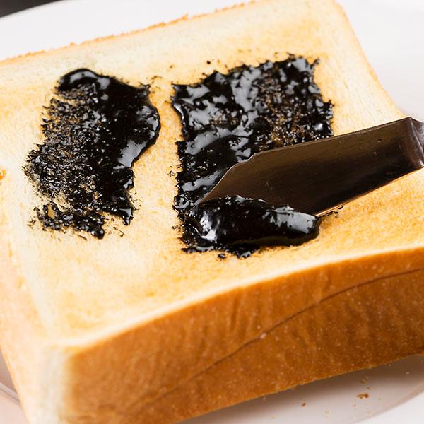 国産そば蜂蜜使用 パンにぬるおいしいはちみつ黒ごま(260g)