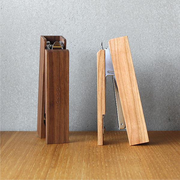 「Stapler」木を削りだしたおしゃれなデザインのホッチキス/北欧風デザイン・ステープラー・ホチキス