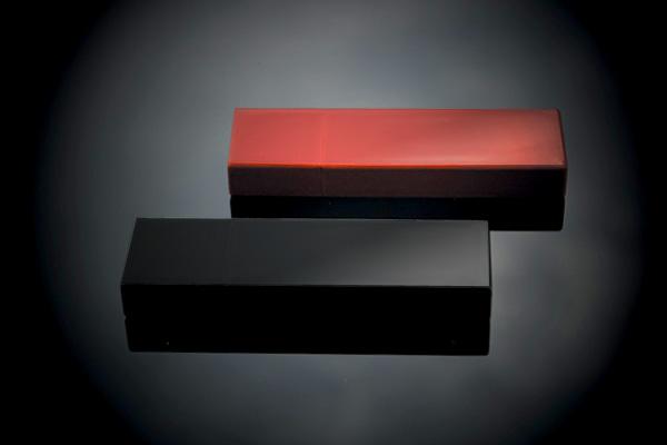 【ネット限定】【16GB】「Urushi」漆を塗った本物の木製USBフラッシュメモリ。贈り物に最適!