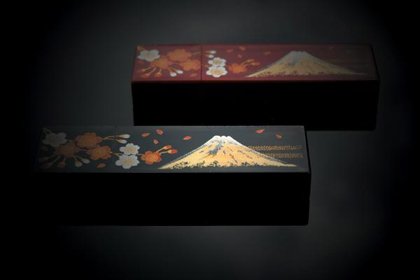 【ネット限定】【16GB】「Urushi 漆富士」蒔絵入りの漆で塗った本物の木製USBフラッシュメモリ【富士山、世界遺産登録祝】