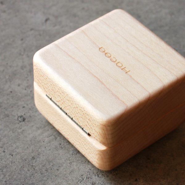 「Ring Case」指輪・プロポーズを引き立てる格調高い木製リングケース。名入れ・メッセージも刻印可