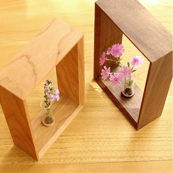「Display Frame for Flower」絵画のように花を飾れる木製のミニフラワーベース・一輪挿し