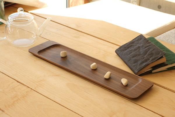 「LongTray フラットタイプ」優雅に使える木製無垢のロングトレー/北欧風デザイン