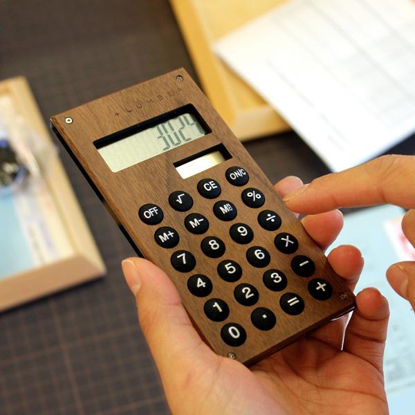 ■【MINI】「SOLAR POWERED CALCULATOR MINI」小型の木製ソーラー電卓・計算機