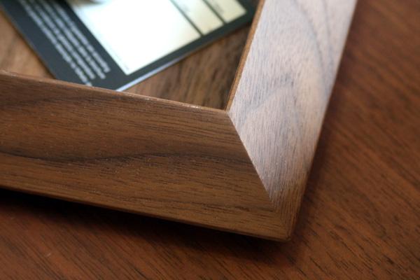 「Wasurena Lサイズ」重厚感あふれるウォールナットを使ったカスタムトレー・忘れな盆/北欧風デザイン