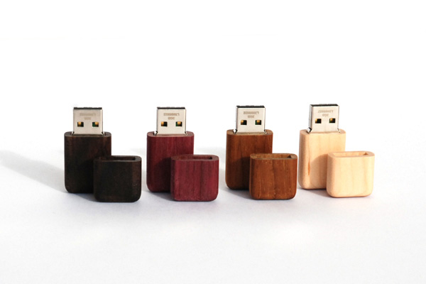 ■【16GB】木製USBメモリ「Tablet(タブレット)」名入れしてプレゼントに!おもしろくてかわいい木製USBフラッシュメモリ