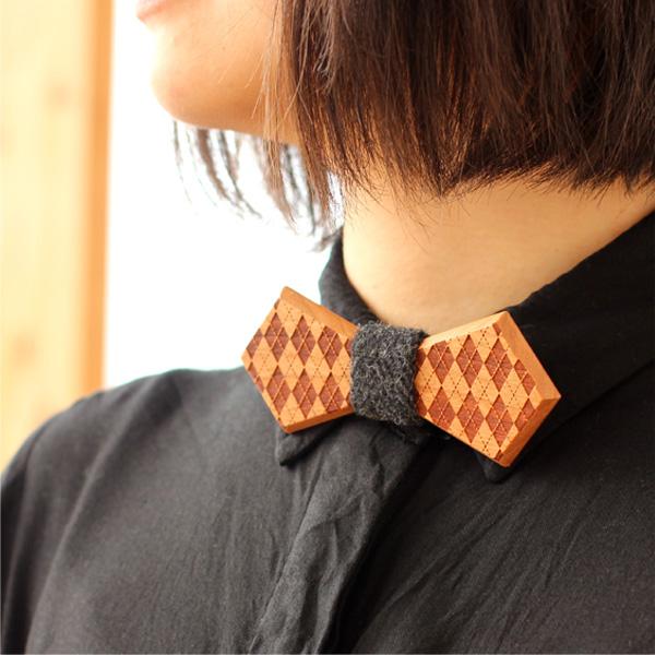 「Wooden BowTie Lily」木から削りだした木製蝶ネクタイ・ボウタイ/メンズ・レディース/北欧風デザイン
