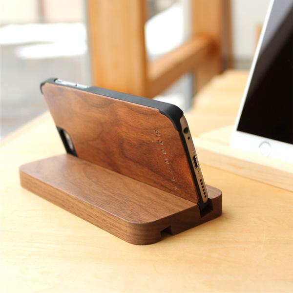 【販売終了】【+LUMBER】 【iPhone6/6 PLUS/Xperia Z3/Z4/Z5対応】木製のスマートフォンスタンド・ドック「SMARTPHONE STAND」