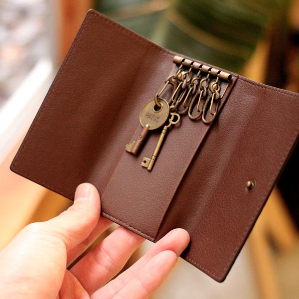 【生産終了】「CONNIE 5 Key Holder」スマートキーにも対応、コルクレザーのキーケース