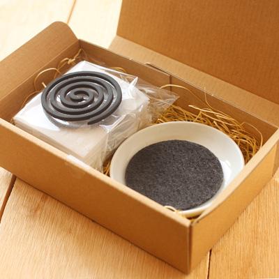 KUSU HANDMADE「くすのき香セット(10巻 +不燃マット付き 香皿セット)」木の香りを楽しむお香