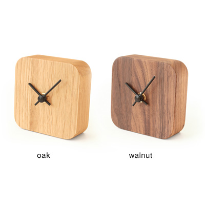「BLOCK DeskClock」壁掛け・卓上両方で使えるシンプルでおしゃれな木製時計Hacoaブランド