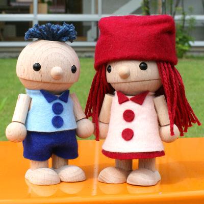 【販売終了】おもちゃのこまーむ かわいい木のおもちゃ・木製の人形「ひのきくん・かえでちゃん」プレゼントに最適! こまむぐ Comomg
