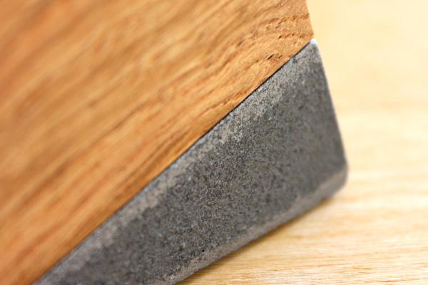 「Pen holder」鋳物と木のペンスタンド/Hacoaブランド/北欧風デザイン